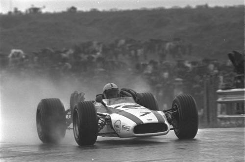 magny-cours-68