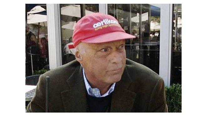 Byl to Niki Lauda, komu před léty nebyly osudy pilotů F1 lhostejné