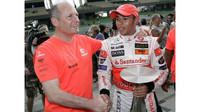 Lewis Hamilton s Ronem Dennisem, který jeho kariéře významně pomohl