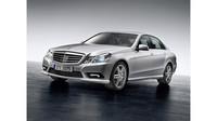 Mercedes-Benz - po prémiovej triede S vedie segment i biznis limuzína triedy E - anotační obrázek