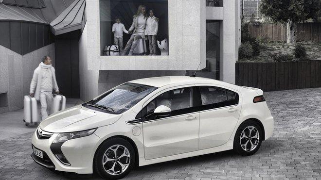 Generace Y preferuje hybridní vozy před jinými typy - anotačné foto