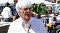 Monza se chystá na klíčové rozhovory s Ecclestonem, Maroni mu žertem pohrozil - anotační foto