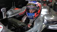 Ve třetím tréninku zajel nejrychleji Button, dobrou rychlost ukázaly oba Lotusy - anotační foto
