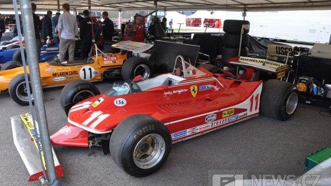 Na tomto voze se Jody Scheckter objevil v páteční demonstrativní jízdě
