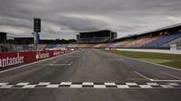 GRAFIKA: Startovní rošt GP Německa - Honda opět mění celou pohonnou jednotku - anotační foto