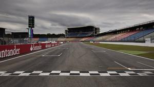 GRAFIKA: Startovní rošt GP Německa - Honda opět mění celou pohonnou jednotku - anotační obrázek