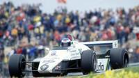 Rosberg byl jedním z prvních, kdo na zmatky v roce 1982 doplatil