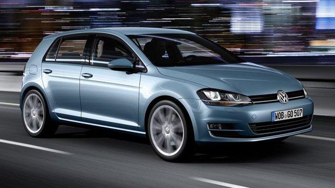 Volkswagen musí zastavit výrobu Golfu.