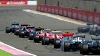 GRAFIKA: Startovní rošt v Silverstone po penalizaci Vettela - anotační obrázek