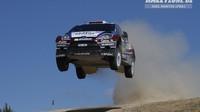 Mads Ostberg Ford Fiesta RS WRC dobře zná - v letech 2011 a 2012 s ním závodil ve svém soukromém týmu, v roce 2013 pak v M-Sportu. V letech 2014 a 2015 jsme jej vídali v barvách Citroënu