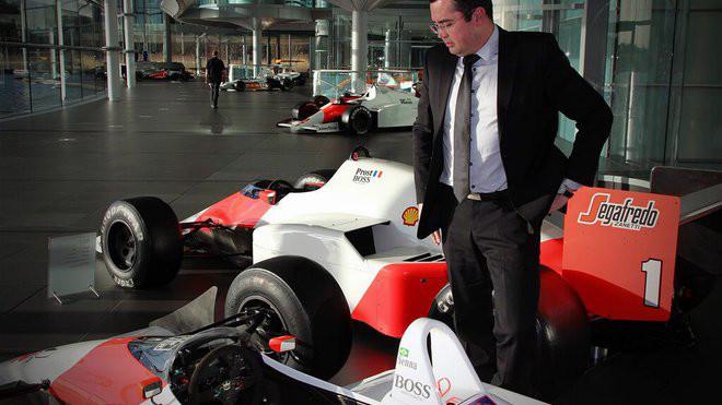 Exkluzivní rozhovor se šéfem McLarenu: Jak jde příprava nového vozu MP4-32? - anotačné foto