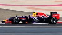 """""""Ať na předsezónní testy v Bahrajnu přispěje Pirelli,"""" navrhuje Horner - anotační obrázek"""