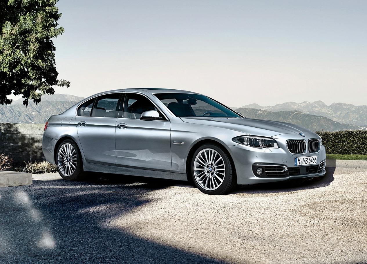 Americké BMW uvěznilo zloděje ve své kabině. Policie měla lehkou práci - anotační foto