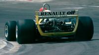 Překvapivé vítězství Jabouilleho s Renaultem na domácí půdě