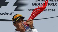 """Hamilton je šokován bídnou kvalitou trofejí v F1: """"Jsou fakt příšerné"""" + FOTO - anotační foto"""