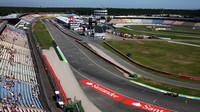 Představení Hockenheimu: Porazí slábnoucí Ferrari před letní přestávkou Red Bully? + VIDEO - anotační foto