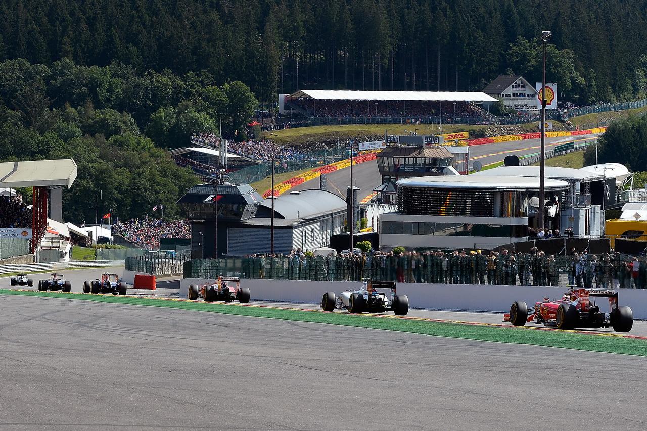 Spa-Francorchamps z pohledu Kimi Räikkönena a Vettelova inženýra - anotační obrázek