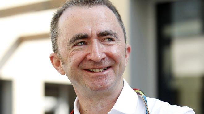 Paddy Lowe chválí své jezdce, ale možná se pokouší skrýt něco jiného