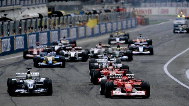 Start Velké ceny San Marina 2003 v Imole
