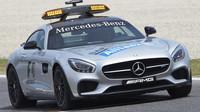 Fyzický safety car na dráze - v čem se liší fáze virtuálního safety caru?
