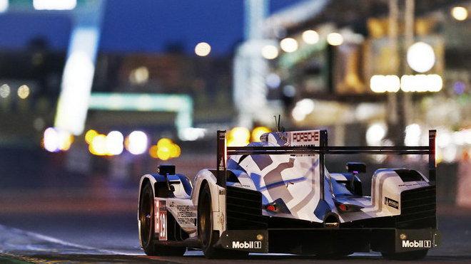 Konstruktéři připravili pro závod na Nürburgringu aerodynamiku generující vysoký přítlak, pravý opak verze z Le Mans