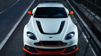 Aston Martin představí ve světové premiéře nový Vantage GT12, který čerpá inspiraci mezi závodními vozy série GT3.