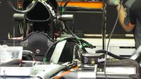 Kokpit vozu Force India VJM08 Mercedes