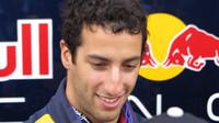 Ricciardo rozdával podpisy fanouškům
