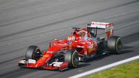Antonio Fuoco a Ferrari SF15-T při testech na Red Bull Ringu (23.6.2015).