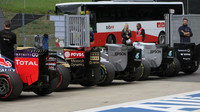 Ferrari může přijít o finanční výhody, Ecclestone skončit. Takové jsou plány Liberty Media - anotační foto