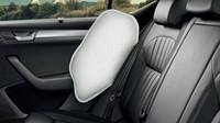Na přání jsou k dispozici boční airbagy i pro zadní sedadla.