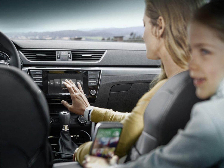 Výzkum: Kdo je agresivnější za volantem? Ženy nebo muži? - anotační foto