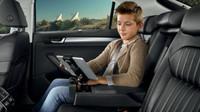 Aplikace ŠKODA Media Command zajistí zobrazení části systému na tabletu nebo chytrém telefonu a pohodlné ovládání jednotlivých funkcí.