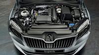Ve srovnání s předchozí generací modelu Superb Combi podávají nové agregáty až o 20 % vyšší výkon.