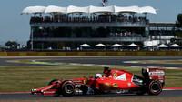 Prohlášení: Ferrari se v kvalifikaci nedařilo kvůli větru - anotační foto