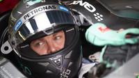Rosberg od začátku tréninku opět svádí souboj s Hamiltonem