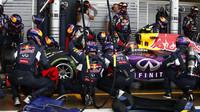 Kvjat dělá Renaultu v posledních závodech radost, ovšem spojení Red Bull s automobilkou prožívá asi velkou derniéru