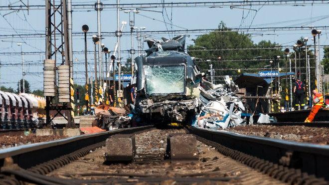Vlakové neštěstí ve Studénce