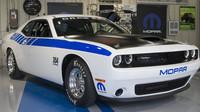 Dodge Chalenger Drag Pak patří nesporně mezi ty nejbrutálnější muscle cars současnosti.