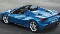 Ferrari 488 Spider se představí již v září ve Frankfurtu.