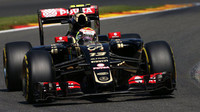 Pastor Maldonado při sobotní kvalifikaci na GP Belgie 2015 v monopostu Lotus E23 - Mercedes