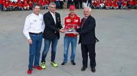 Sebastian Vettel na návštěvě továrny Brembo