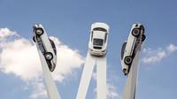Děditství slavného modelu 911 ztělesněno sochou - anotační foto