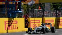 Lewis Hamilton v cíli, GP Itálie (Monza)