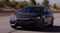 Honda Civic desáté generace ve verzi sedan