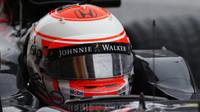 Přilba Jensona Buttona