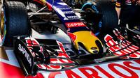 Přední křídlo vozu Toro Rosso STR10 - Renault, GP Japonska (Suzuka)