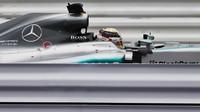 Lewis Hamilton v Suzuce