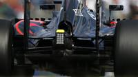 Zadní část vozu McLaren MP4-30 Honda v Suzuce