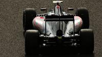 McLaren MP4-30 Honda v Suzuce